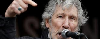 Roger Waters of Pink Floyd joins Assange supporters in London protest march
