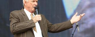Longtime country singer, songwriter Mel Tillis dies