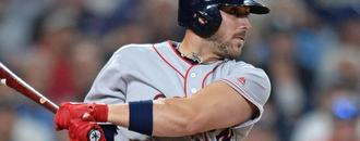 Travis Shaw says return to Boston Red Sox
