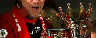 Klopp wins Premier League manager of the season