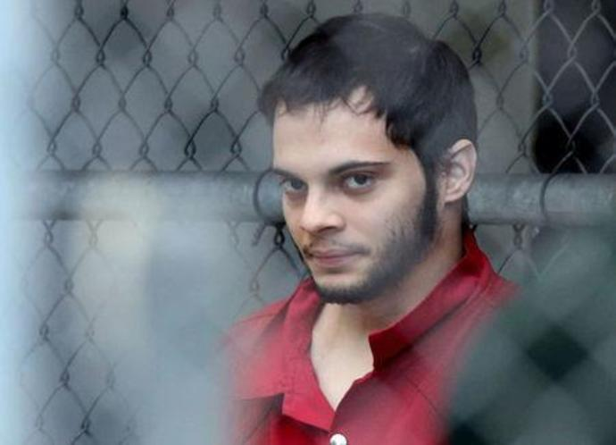 FILE PHOTO - Esteban Santiago is transported to the federal courthouse in Fort Lauderdale