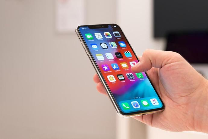 iPhone XS Max vs  Galaxy S10+ speed test: The results might
