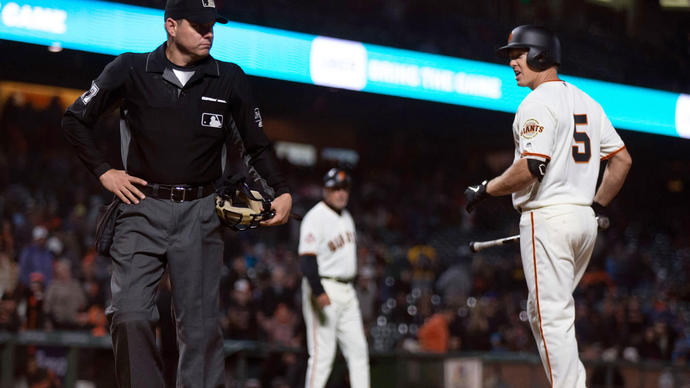 Giants fail late in several departments vs Brewers, fall back to