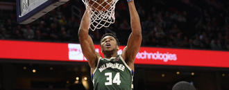 Antetokounmpo leads Bucks by Raptors in East finals rematch