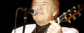 Roy Clark, Legendary Country Guitarist and