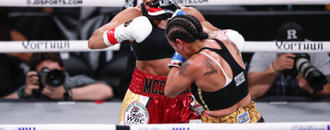 Usyk dominant in heavyweight debut, wins by TKO