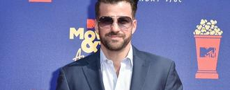Johnny Bananas Crashes Stage During Acceptance Speech at MTV Movie & TV Awards