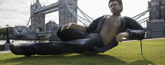 A giant, semi-nude statue of Jeff Goldblum has popped up in London