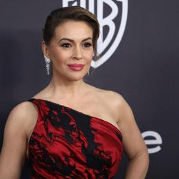 Alyssa Milano blasted for
