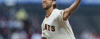 Longtime Giants ace Bumgarner, D-backs reach $85M, 5-yr deal