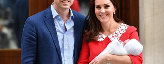 Duchess Kate and Prince William introduce new prince on steps of Lindo Wing: See pics!