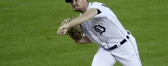 Tigers reliever Alexander sets MLB record, Dodgers