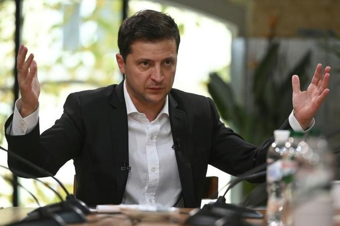 "Ukrainian President Volodymyr Zelensky says ""if there is no pullback (of troops) there is no Normandy summit"" with Russian President Vladimir Putin"