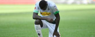 Thuram takes a knee in US killing protest as Gladbach go third