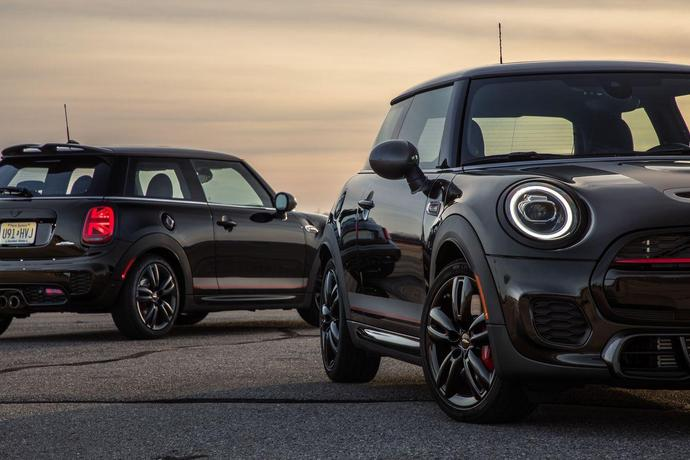 2019 Mini Cooper John Cooper Works Hardtop Knights Edition In Photos