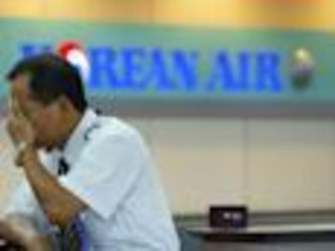 Korean Air flight attendant with coronavirus reportedly serviced 400-seat aircraft that flew between South Korea and US twice - here\
