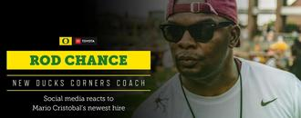 Oregon Ducks fans give new cornerbacks coach Rod Chance a warm welcome back