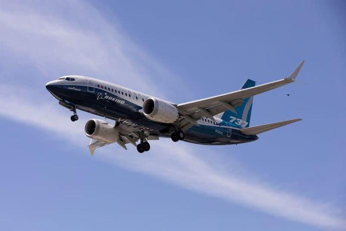 BOC Aviation cancels 30 Boeing 737 MAX but backs grounded jet