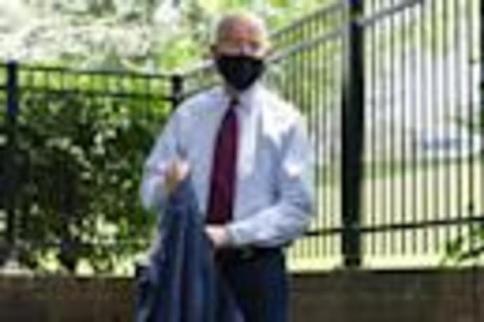 Mandatory masks? Biden says as president he would require wearing face coverings in public