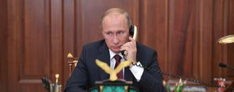 Biden holds first phone call with Putin, raises Navalny arrest