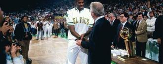 All Cedric Maxwell got for winning NBA Finals MVP was this janky watch (video)