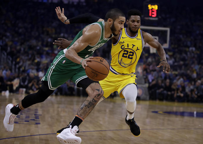 NBA-best Celtics hold off Warriors late to win 10th straight