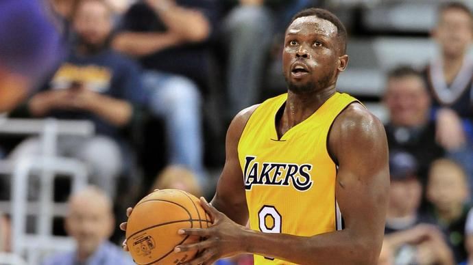 Disgruntled Deng wants buyout or trade from Lakers