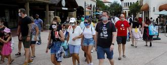 Americans quick to use cloth masks after govt recommendation - CDC