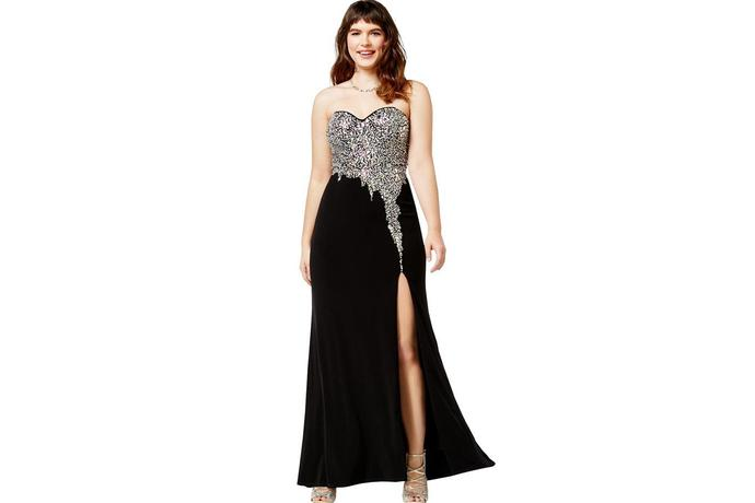 15 Stunning Plus-Size Prom Dresses Under $200
