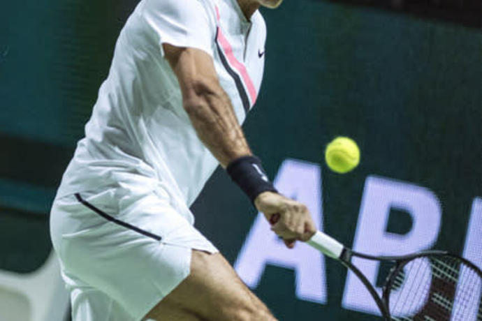 Roger Federer Dazzles In First Career Bay Area Appearance