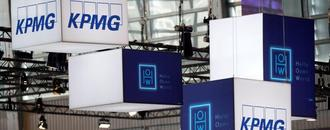 KPMG UK to split roles of chair and chief executive
