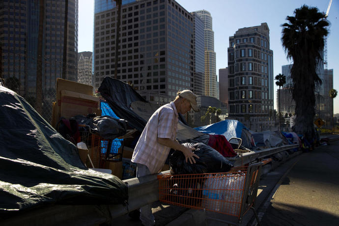 US homeless count rises, pushed by crisis on the West Coast