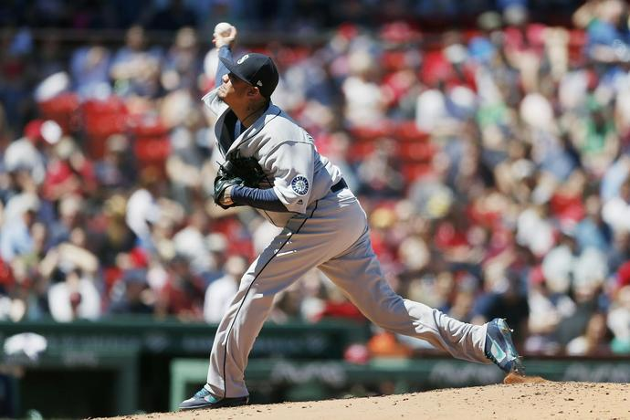 King Felix likely sidelined for a month with lat strain
