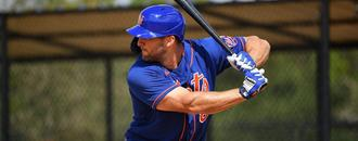 Tim Tebow homers in spring training game