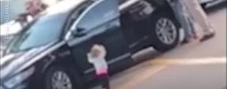 Video shows Florida toddler walking towards police with hands up during her father's arrest