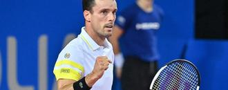 Bautista Agut beats Andújar to advance in Barcelona Open