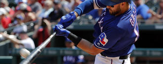 Gallo joins Rangers after missed week due to positive test