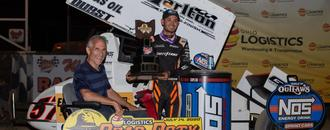 Kyle Larson stays dominant on dirt with fourth World of Outlaws victory