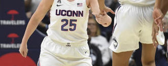 Walker leads No. 4 UConn in rout of Notre Dame